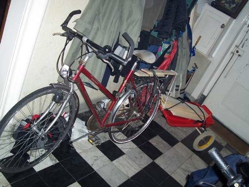The Bamboo bicycle trailer & DIY bicycle trailers | Make: