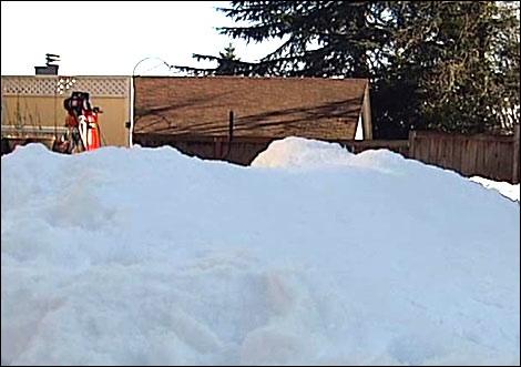 080124 Snow Yard 470
