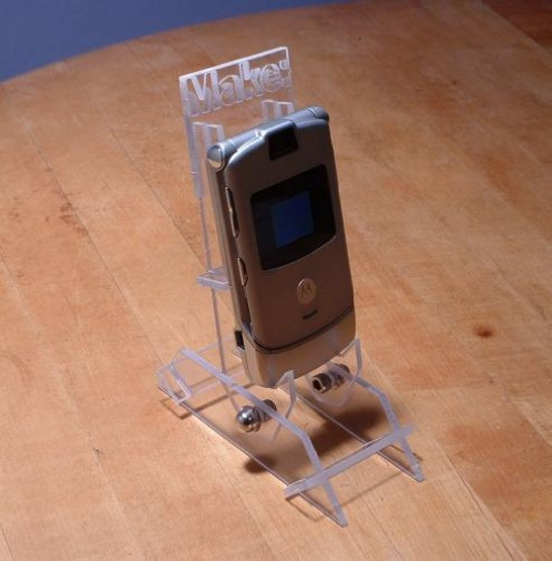 Users Pt Desktop Building-The-Razr-Cradle-With-Big-Blue-Saw Images Assembledstandphone