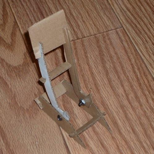 Users Pt Desktop Building-The-Razr-Cradle-With-Big-Blue-Saw Images Cardboardproto