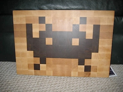 space_invader_cuttingboard.jpg