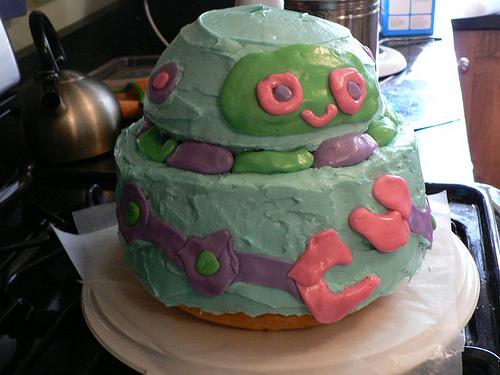 dabbled robot cake