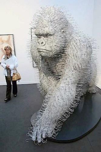 mach_gorilla.jpg