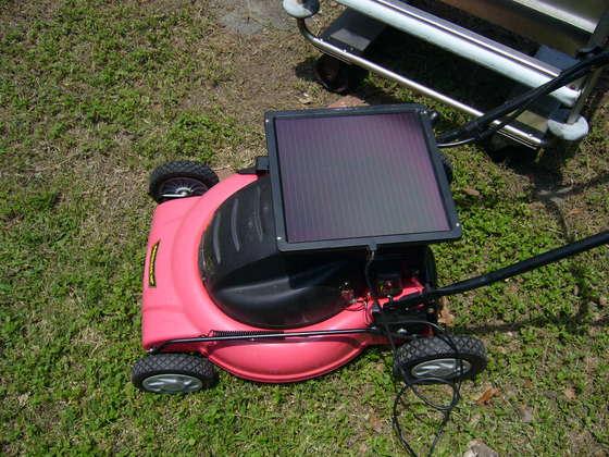 solarMower060208.jpg