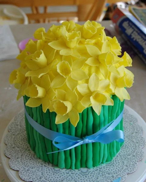 DaffodilCake.jpg
