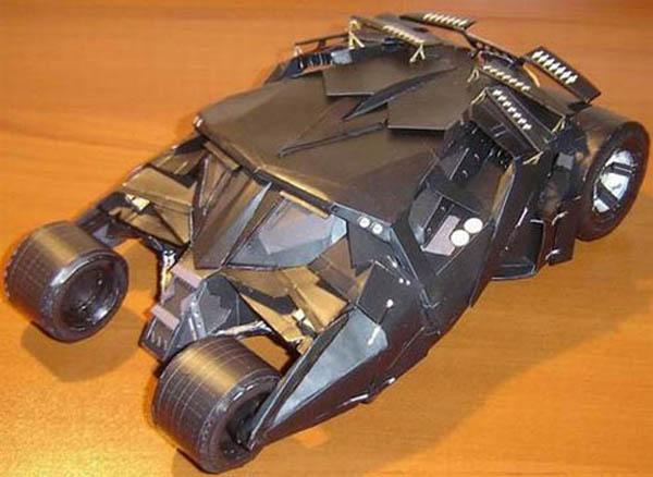 papercraft_batman_tumbler.jpg