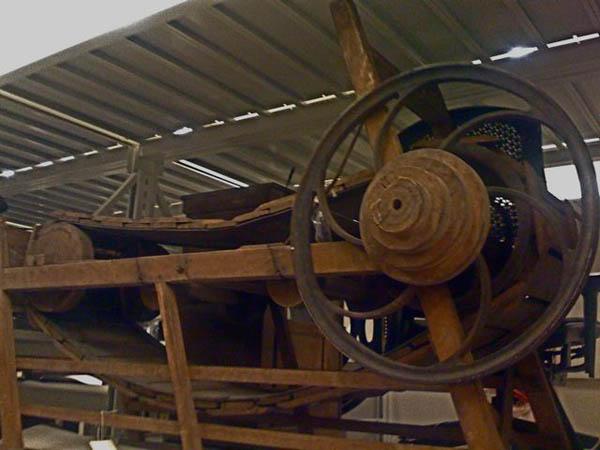 woodenTreadmill071708.jpg