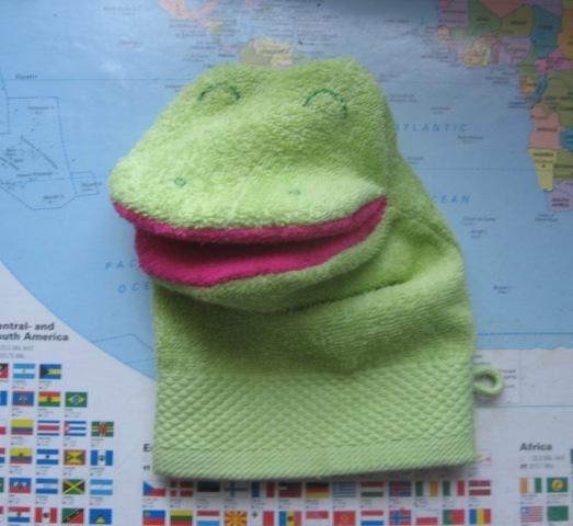 frogwashcloth.jpg