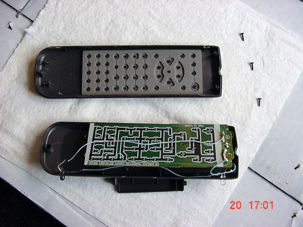 Wii_Sensor_Bar_Made_from_old_remote_control_6-1.JPG