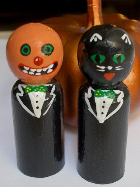 pumpkinheads_pegpeople.jpg