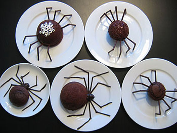 spiderCakes101408_1.jpg