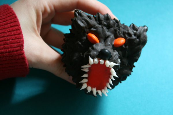 WerewolfCupcake.jpg