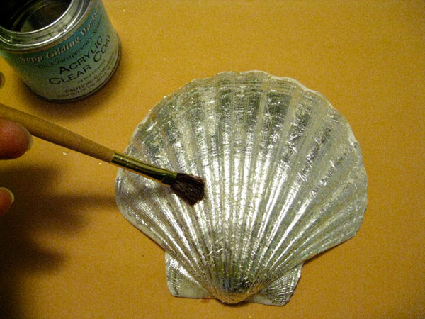 leafed_shells_apply-top-coat.jpg