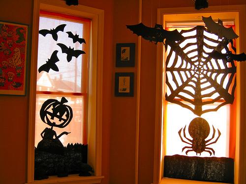 halloween_sil_curtains.jpg