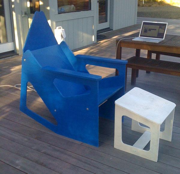 kens-rok-bak-chair-blue.jpg