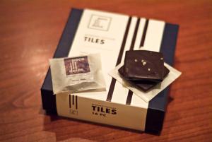 Tea_Gifts_choc_tiles.jpg