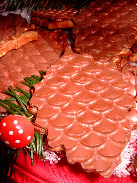 cookiecontest_pinecones.jpg