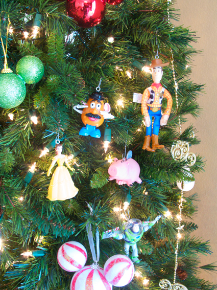 happy_meal_ornaments.jpg