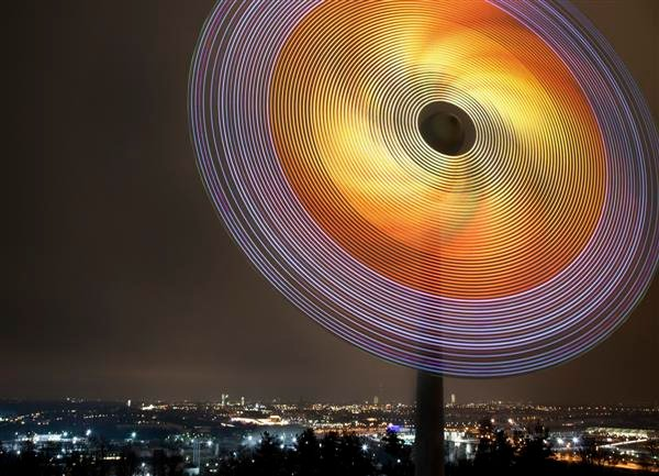 siemens_LED_wind_turbine_01.jpg