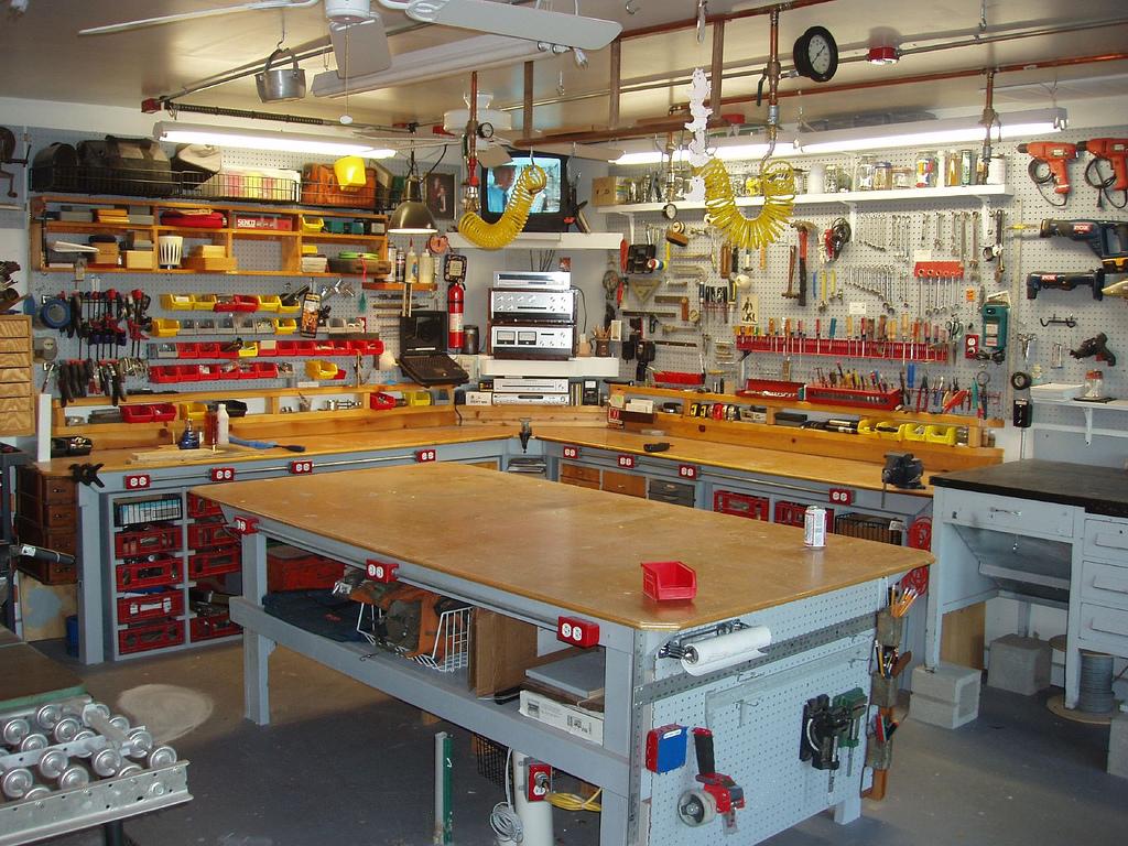 Dream workshop make - Best home garages set ...