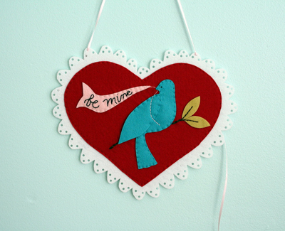 blue_bird_Felt_valentine.jpg