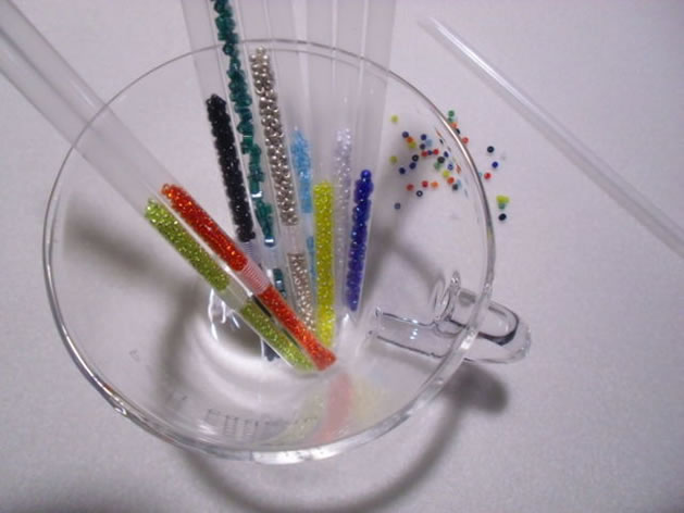 drinking_straw_bead_storage.jpg