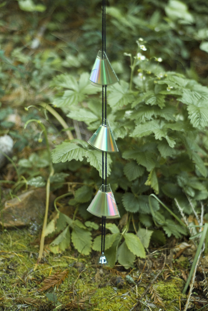 How To: Reflective Garden Decor from Recycled CDs | Make: