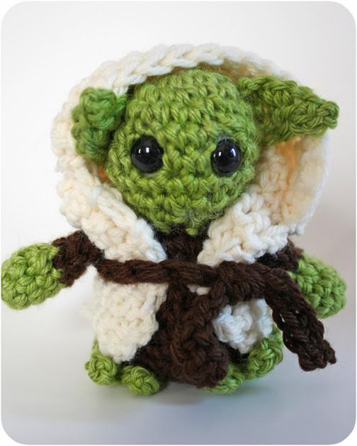 How_to_Crochet_Yoda_Pattern.jpg