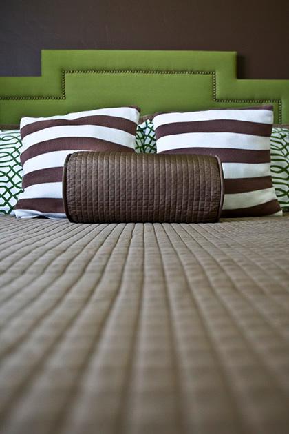 upholstered_headboard_how_to.jpg