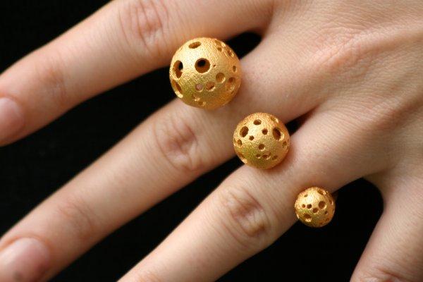 goldballs.jpg