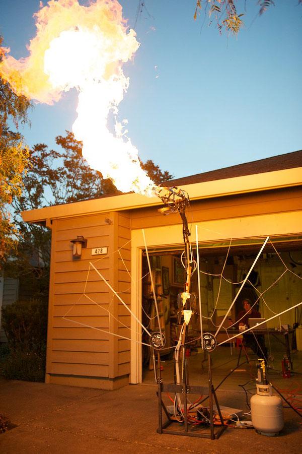saphira-blowing-fire-full.jpg