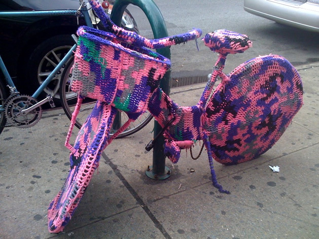 Yarn_Covered_BIke.jpg