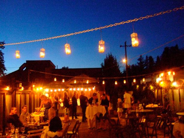 jam-jar-lights-at-wedding.jpg