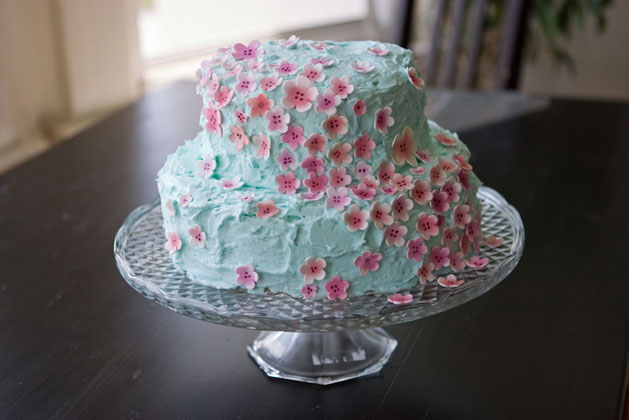 sweet-sugar-flowers-cake-decor.jpg