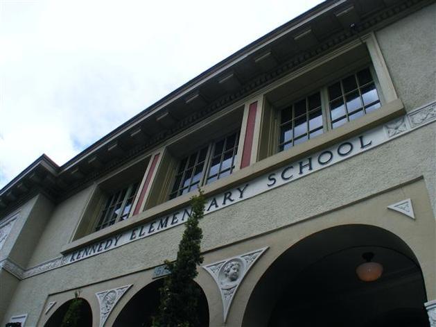 Summit-of-Awesome-FRI-kennedy school.jpg