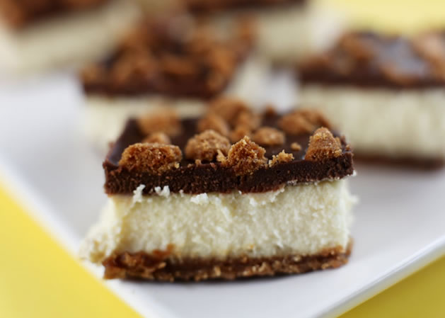 how_to_biscoff_cheesecake_bars.jpg