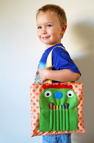 monster_art_tote_bag.jpg