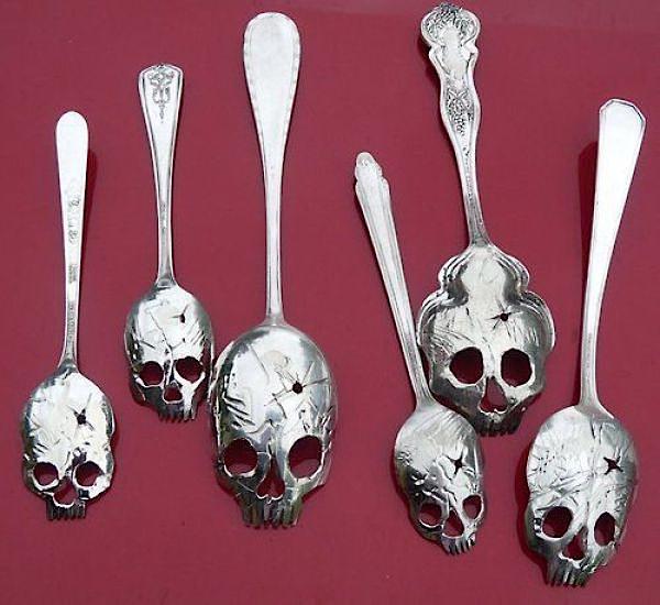 skull-spoon.jpg