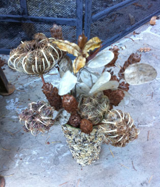 driedflowerarrangement_small.jpg