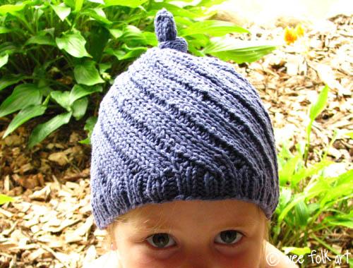 how_to_knit_twist_tie_pixie_hat.jpg