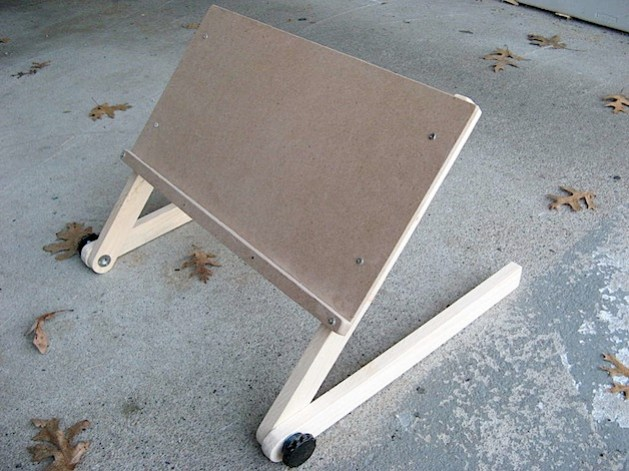 instructableslaptopstand.jpg