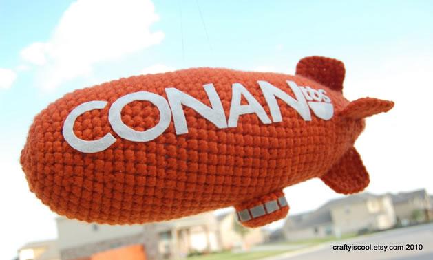 conan_blimp_crochet.jpg