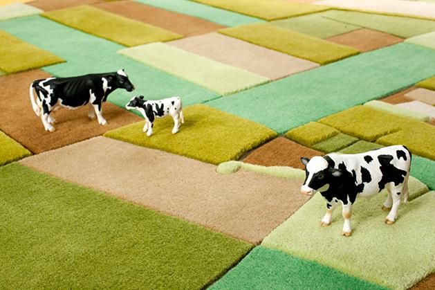 landcarpet_cows.jpg