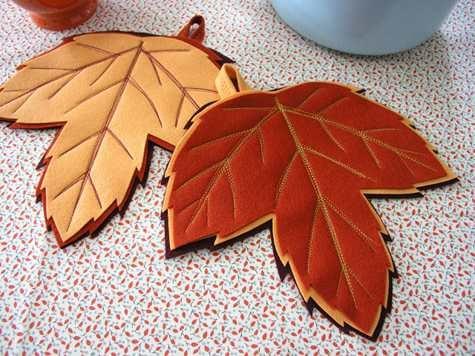 wool_felt_maple_leaf_potholders.jpg