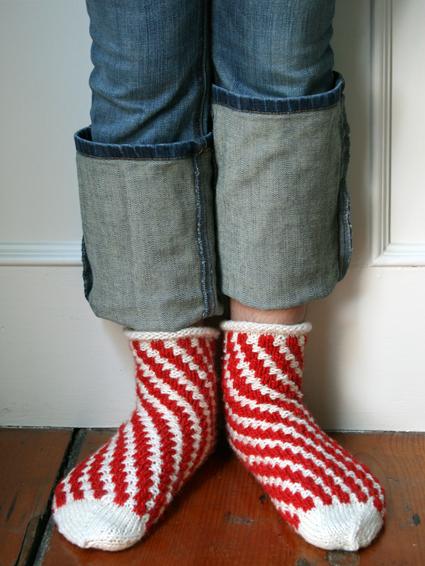 candy_cane_knit_socks_purl_bee.jpg