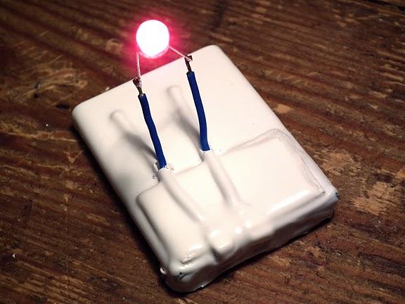 diy_battery_holder.jpg