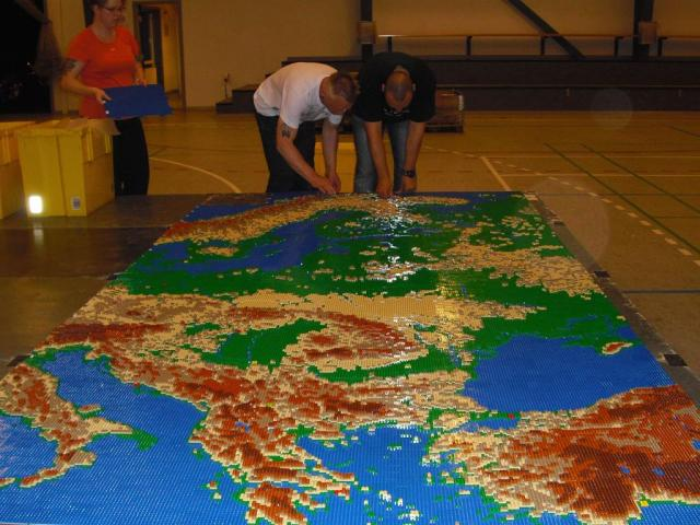 huge-lego-europe-relief-map-with-monuments.jpg