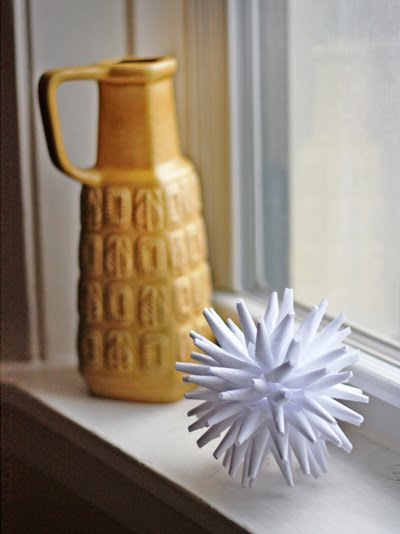 porcupine_mondern_paper_ornament.jpg