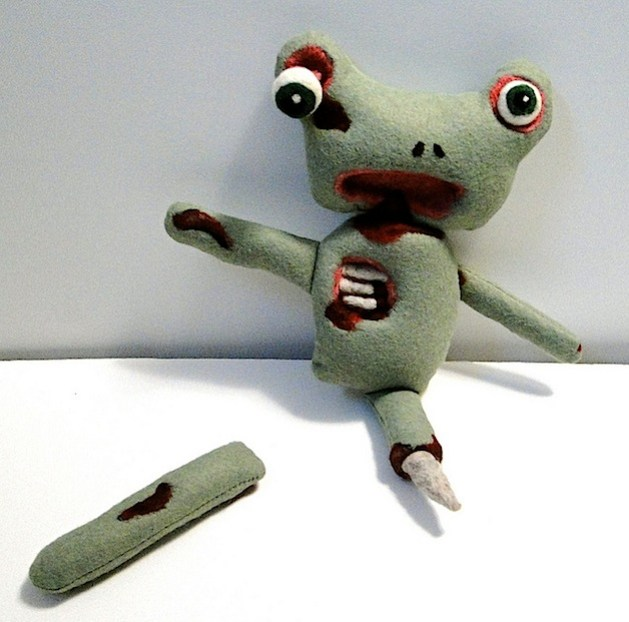 flickr_zombie_frog.jpg