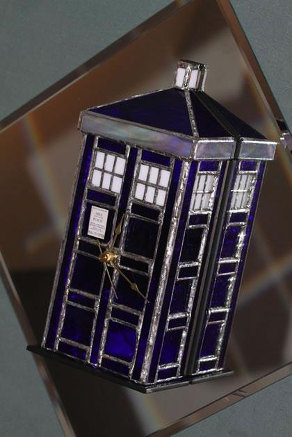 stained_glass_TARDIS_clock.jpg
